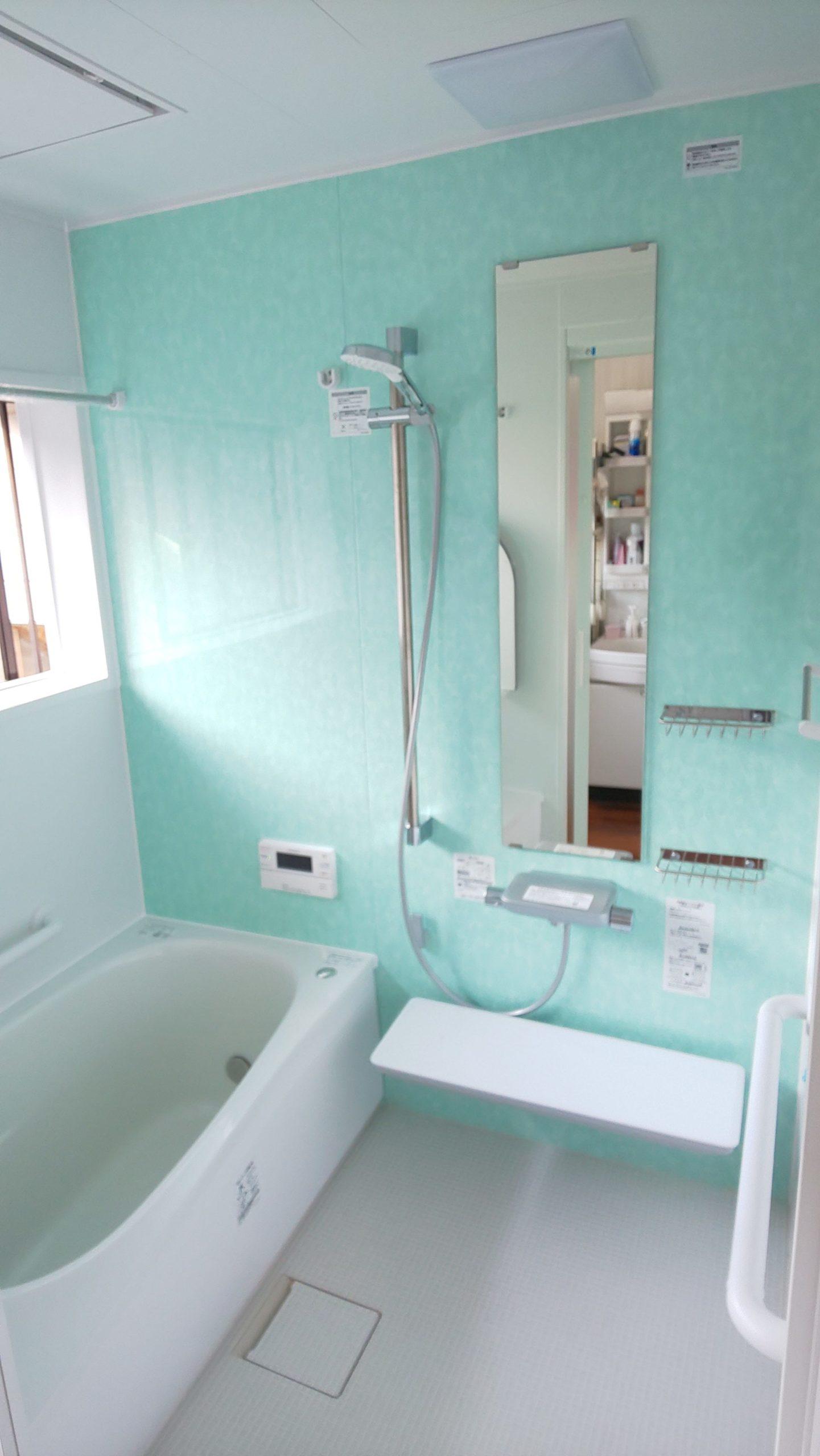 TOTOサザナ「床ワイパー洗浄」でお掃除ラクラク♬ 浴室・脱衣室暖房完備でヒートショック対策も!